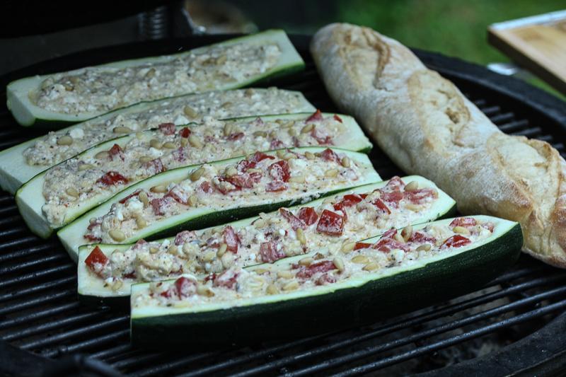 Gefüllte Zucchini (002 von 005)