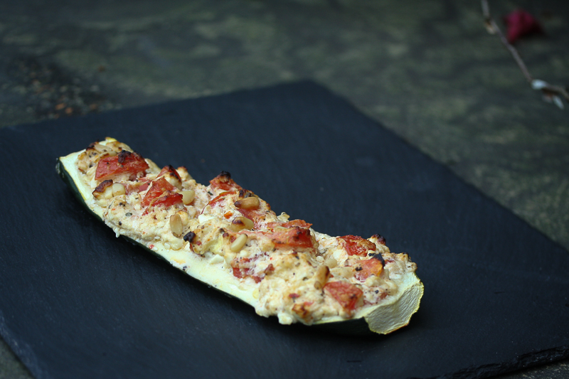 Gefüllte Zucchini (003 von 005)